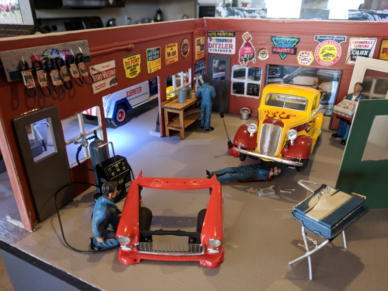 Body Shop Diorama